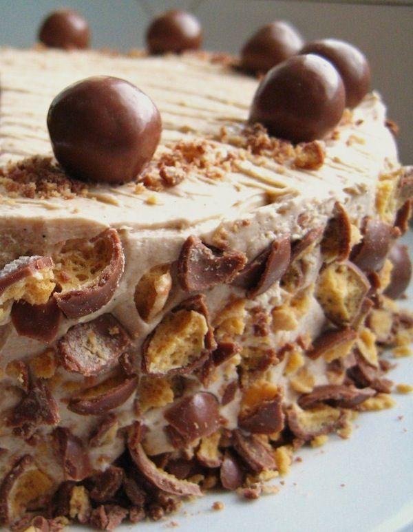 No Bake Baileys Cheesecake~gotta LOVE a NO bake this time of year~ ♥