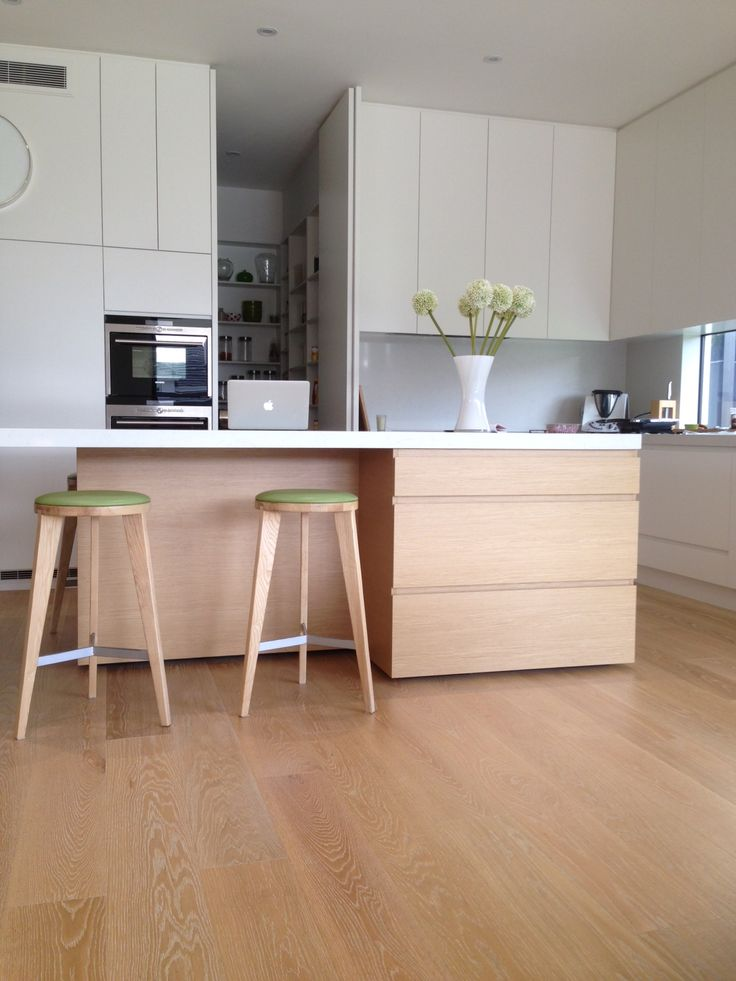 Artisan Oak Ivory Flooring - Distributed by Ecologic Group