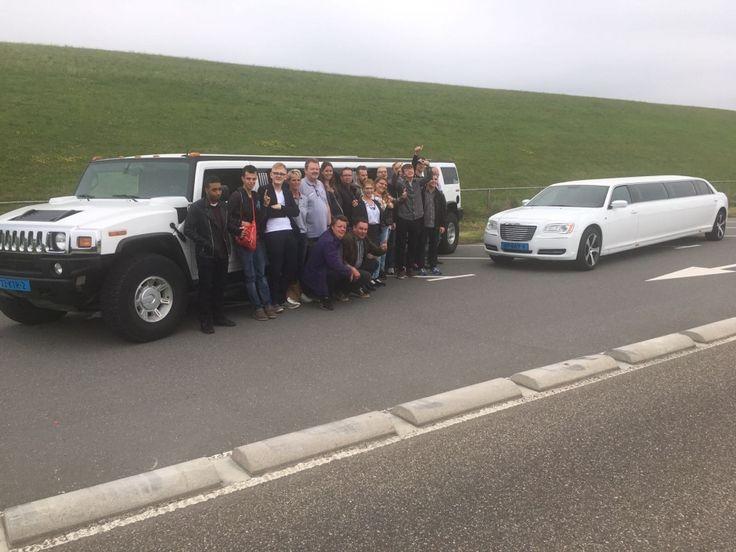 Treintje met limousines #Hummer #Chrysler #Limousines | Limousine huren Friesland