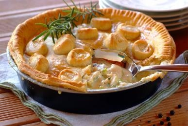 So quick and easy: Creamy Chicken Pie