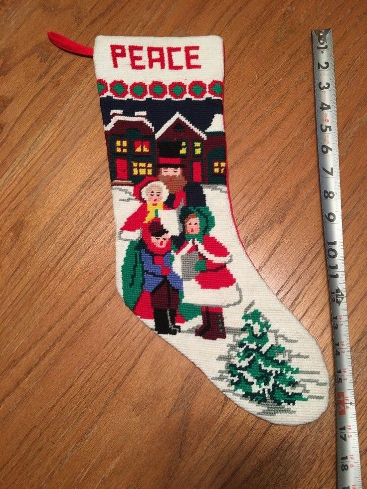 The 25+ best Needlepoint christmas stockings ideas on Pinterest ...