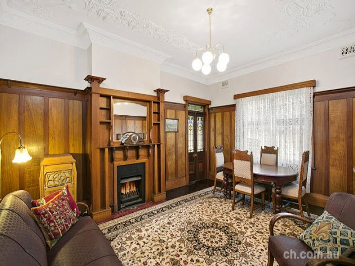 7 Gipps Street Drummoyne NSW showing a cosy Edwardian style sitting room