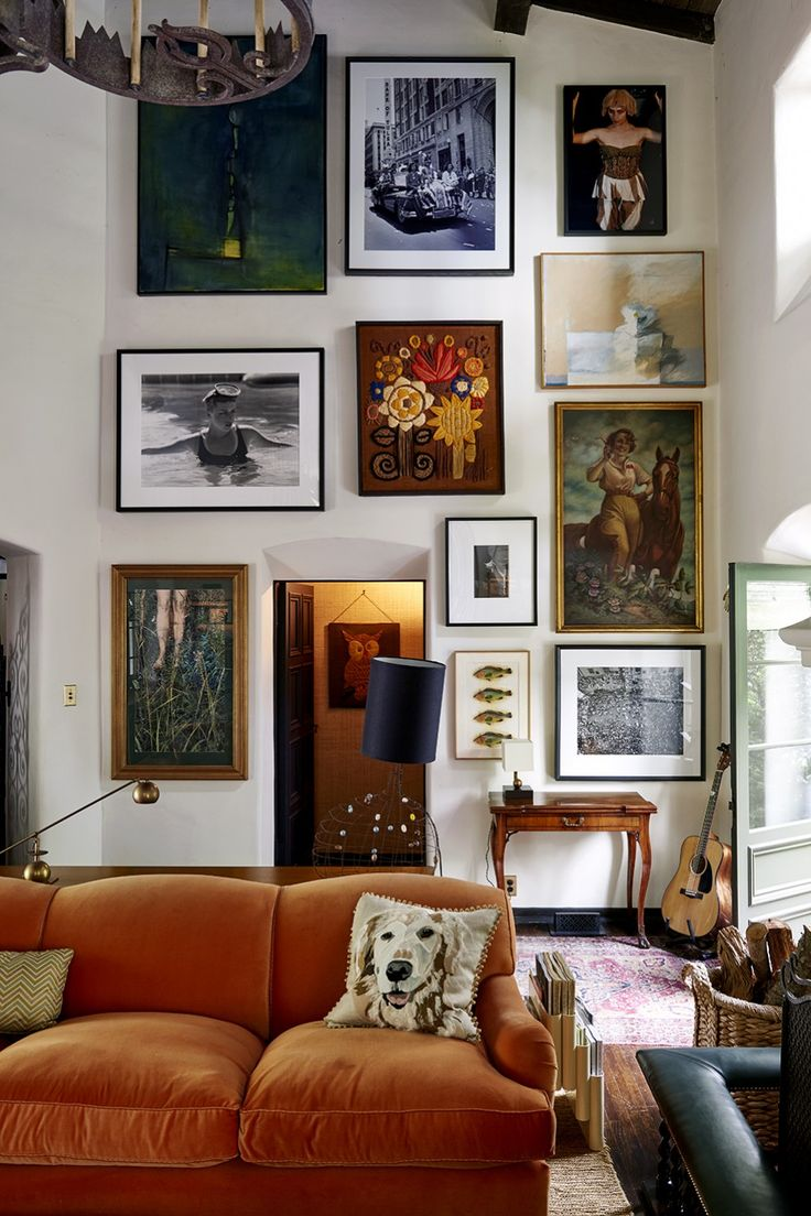 love the warm, cozy feel -- great sofa color & texture!