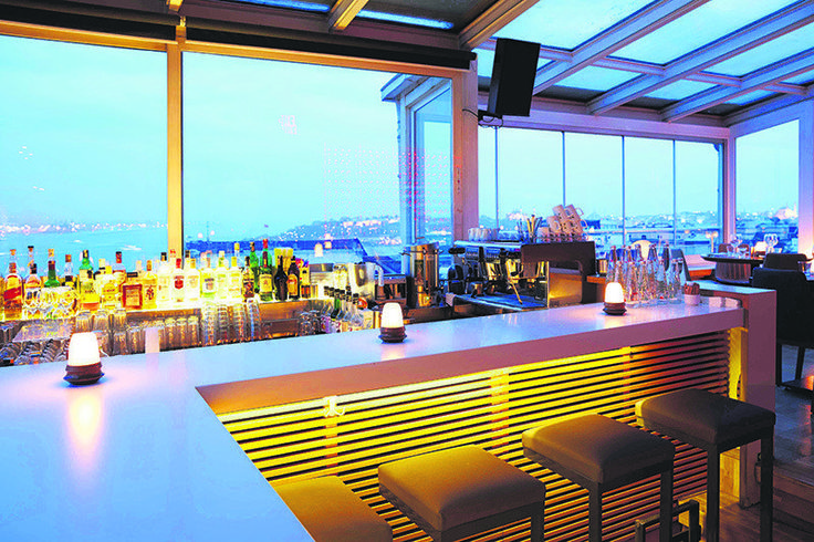 Panoramic views and a cozy atmosphere on Istanbul's rooftops - Daily Sabah