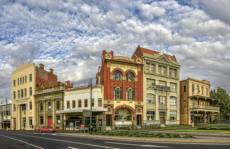 RoyalAuto July16. 10 things to love about Bendigo. Bendigo Historic Buildings. Photos: Anne Morley. #royalauto #bendigo #historic #historicbuildings #architecture #bendigohistoricbuildings