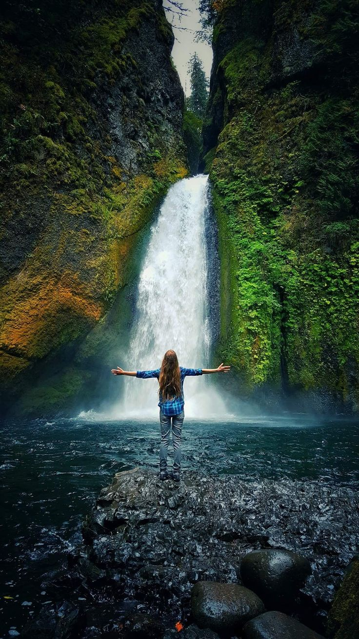 Waterfalls in Oregon are simply magical! If you are looking to visit the Pacific Northwest or visit Oregon, we highly suggest visiting the Columbia River Gorge. Visit our website for Portland travel tips, adventure travel tips, solo female travel, travel blogger tips, travel to Oregon, couple's travel and more!