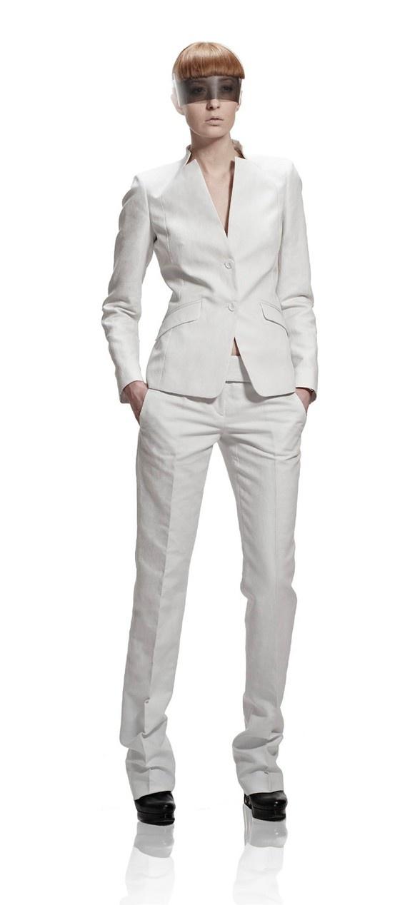 Белый костюм VASSA Жакет + Брюки. Liquid Sky Collection SS 2013 photo by Stefan Ungaru #VASSA #VASSA_CO #RUSSIAN_DESIGNER #DESIGNER #FASHION