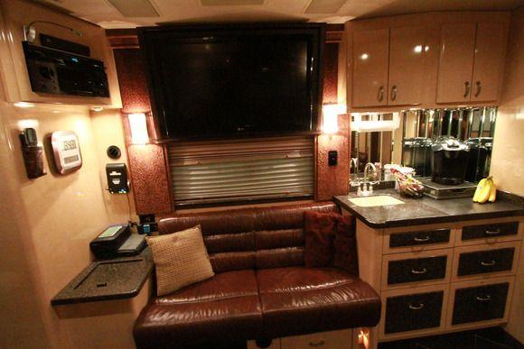Celebrity Motor Homes - Season 3, Episode 3: Blair Herter ...
