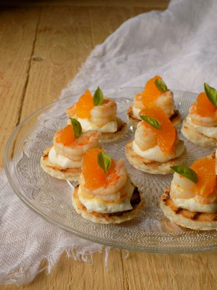 L'officina delle ricette: Tartine con mazzancolle e clementine