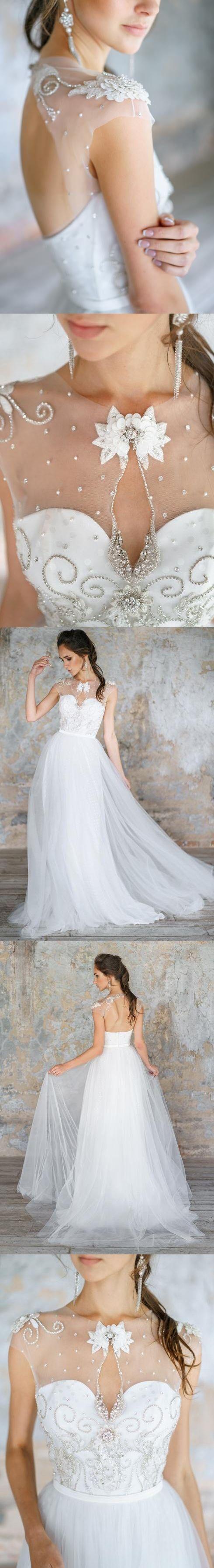 Chic Wedding Dresses A Line Scoop Rhinestone Short Train Tulle Bridal Gown JKW153