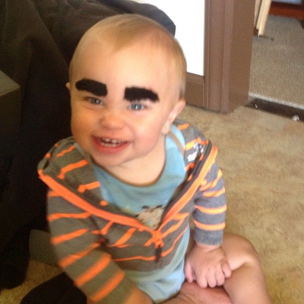 {Crazy Eyebrow Birthday Party}  Forget the mustache party....eyebrows are twice the fun!