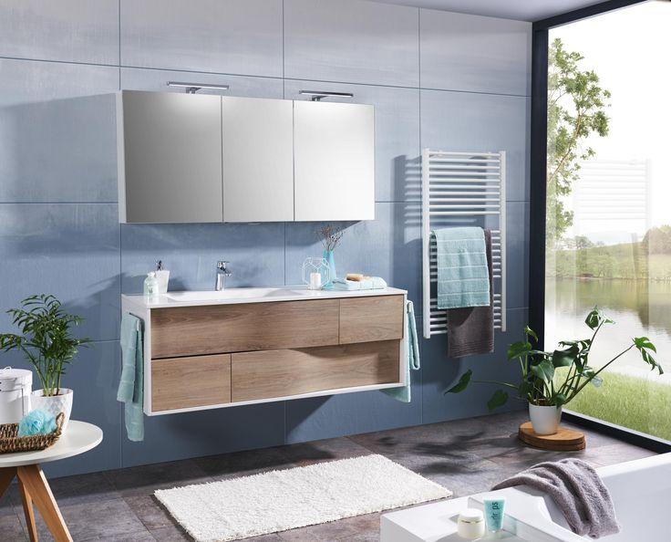 Badezimmer in Weiß und Eichefarben: ein unkonventionelles Highlight