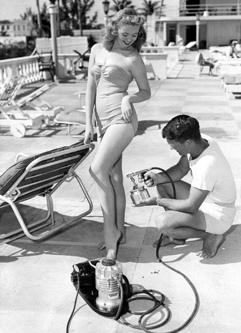 Vintage spray tanning... It has come such a long way! Contact Sun Kissed Tampa Mobile Spray Tanning to book your in home custom airbrush tan 813-748-1230