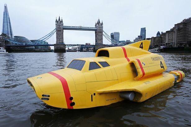 Thunderbird 4 on the Thames