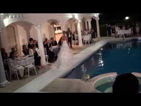 LOOKBOOK BRIDE Pool side parade