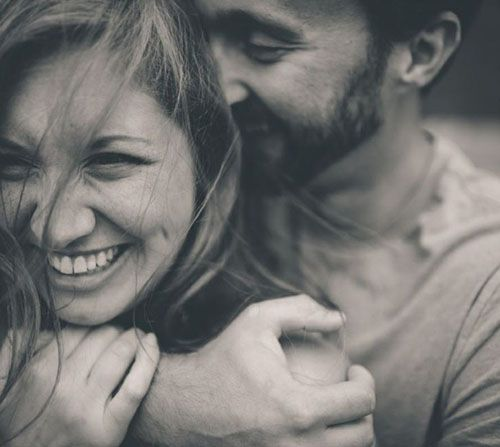 10 Great Ideas for Engagement Photos