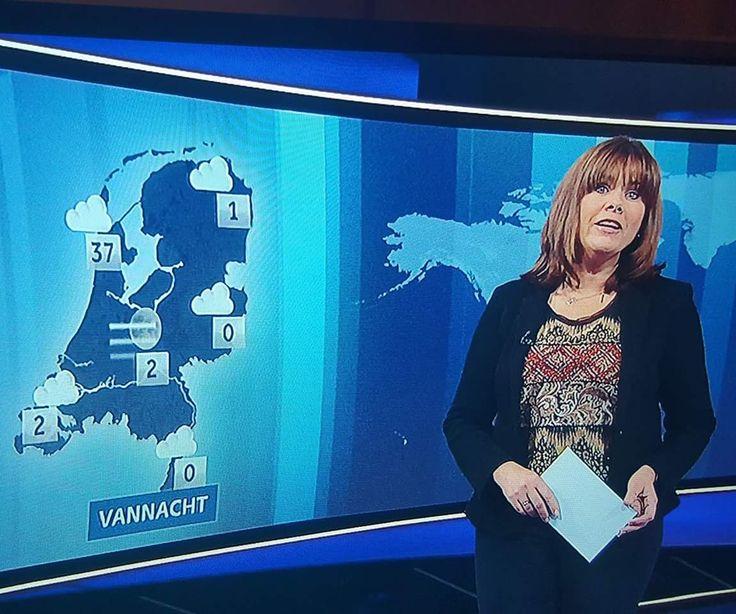 Zelfs de @NOS erkent dat #DenHelder de zonnigste en warmste stad van Nederland is ... 😉 Volgens NOS was het afgelopen nacht bij ons 37 º! 😜