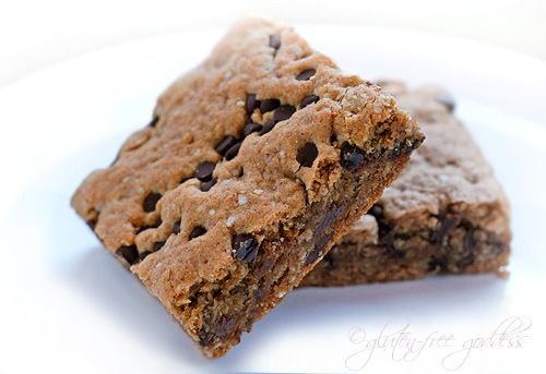 Quinoa Breakfast Brownie Bars glutenfree