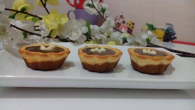 http://www.ardanin-mutfagi.com/2016/01/mini-cheesecake-tarifi_25.html