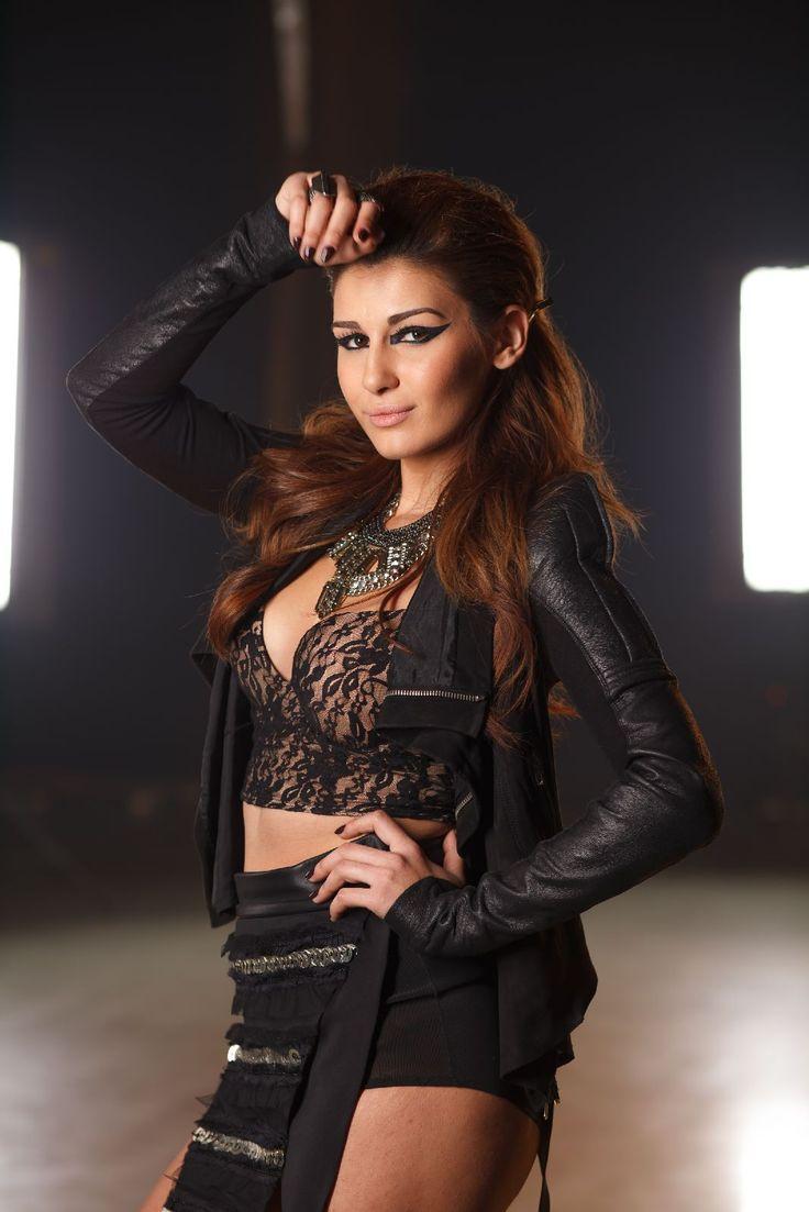 MTV Romania - Alina Eremia este din ce in ce mai sexy! Vezi cele mai provocatoare aparitii ale vedetei din LaLa Band - FOTO