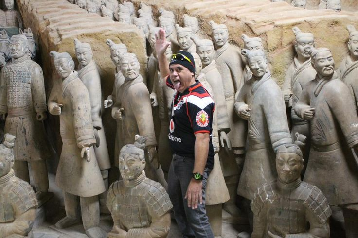 Pukana time for @sidsubritzky with the Terra-cotta Warriors 秦始皇兵马俑 Museum of the Terra-cotta Warriors and Horses of Qin Shihuang in 西安, 陕西 #WarriorsForever #Pukana