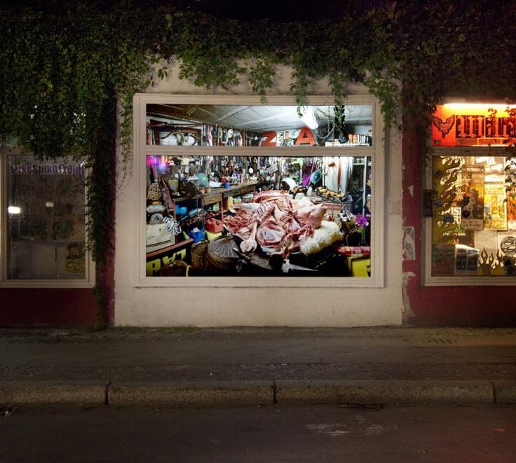 In a window on a busy Berlin street // Ludovic Jecker, 2010-09-18, Sox Berlin, Studio 2