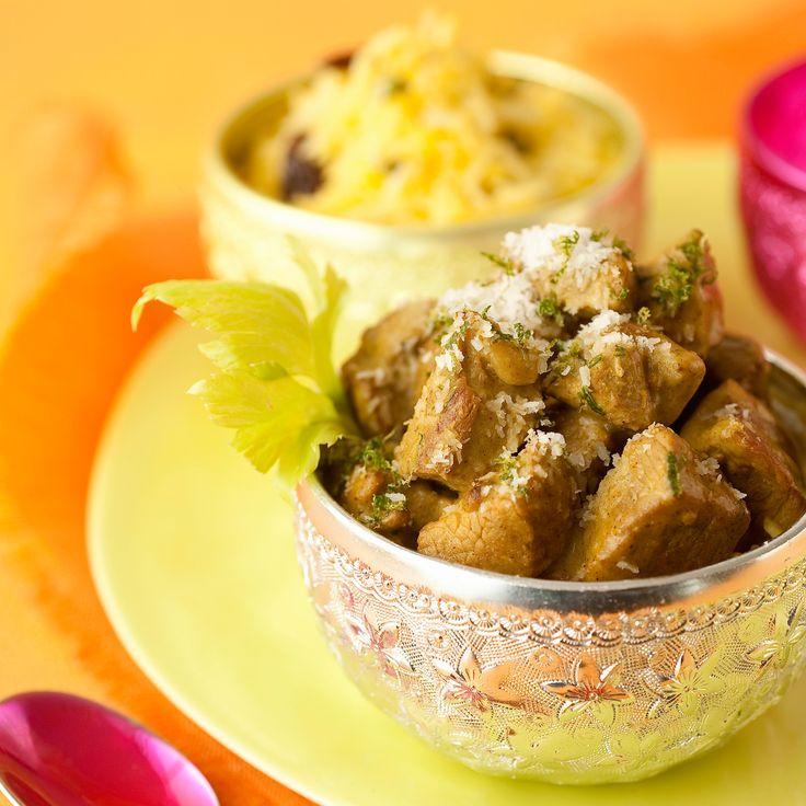Découvrez la recette Curry d'agneau au lait de coco, riz safrané aux fruits secs sur cuisineactuelle.fr.