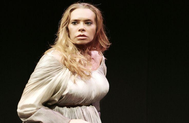 Medea di Jean Anouilh, al Teatro Ghione