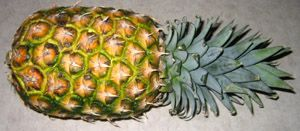 How To Cut A Pineapple – Best Way Of Cutting A Pineapple