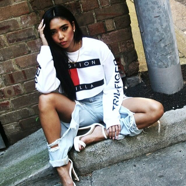RachelTeeTyler Sotomilitia Fashion Killa Trillfiger Tommy Hilfiger Inspired Crop Top Jumper Sweater White Pretty Girl Swag Urban Streetwear Style Fashionista Stylish