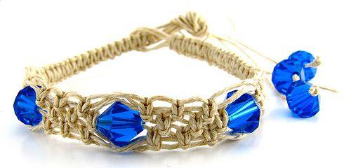 square knot hemp bracelet1 Make a Simple Square Knot Hemp Bracelet