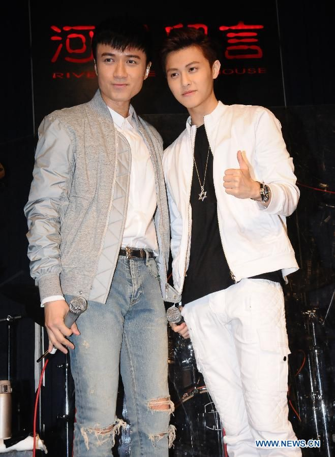 "Singers Leo Ku (L) and Prince Qiu attend a concert for Leo Ku's new album ""We"" in Taipei, Taiwan, July 10, 2015  http://www.chinaentertainmentnews.com/2015/07/leo-ku-stages-concert-for-album-we-in.html"