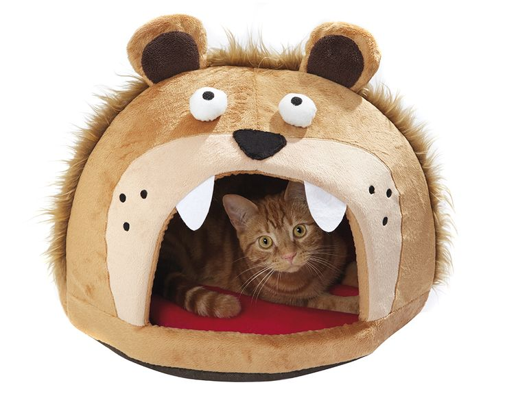 Free-standing lion head with a large self-heating cushion tongue. Is your pet brave enough to sleep inside? Size 40 x 60 x 50cm