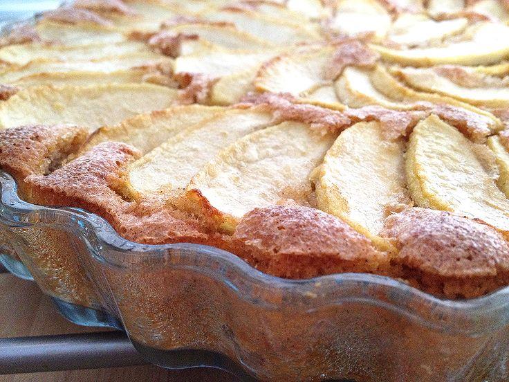 Tarta de manzana y almendra (sin gluten).Recuerden usar solo productos sin gluten y con el sello que los habilita como aptos para celiacos.