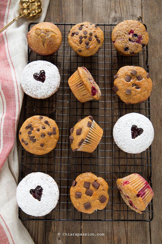 Ricetta base per muffin: gocce di cioccolato, frutti di bosco, marmellata