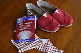 TOMS Shoe Makeover- Great for when they inevitably get those holes in the toes...