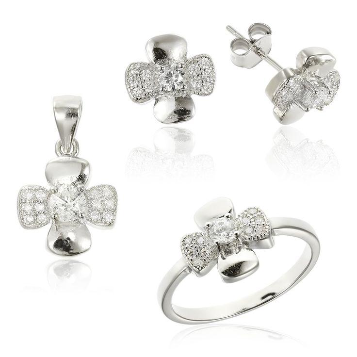 Set argint Fancy cu cristale din zirconiu Cod TRSS040 Check more at https://www.corelle.ro/produse/bijuterii/seturi-argint/set-argint-fancy-cu-cristale-din-zirconiu-cod-trss040/