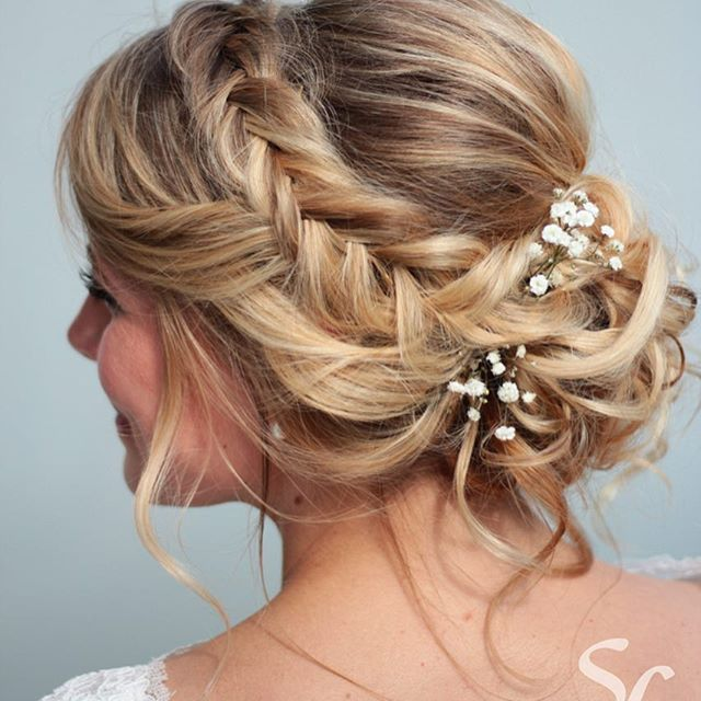I love the way soft updos with lots of details show up on blonde hair  . . . . . . . #bridalhair #bohohair #bohobride #landgutstober #makeupartist #makeup #mua #bridalmakeup #fishtailbraid #bridalhairstyle #blonde #berlin #bridetobe #bts #hairinspo #hairinspiration #beyondtheponytail #instahair #beachyhair #weddinginspiration #weddingphotography #softandpretty #bridalstyling #brautstyling #brautfrisur #brautmakeup #berlin #postdam #berlinerbraut #berlinbride #slmakeupandhair