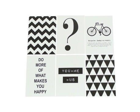 Hang deze papieren kaarten met quote of patroon aan de muur. Bijvoorbeeld met masking tape, of aan een kralenketting met knijpers.