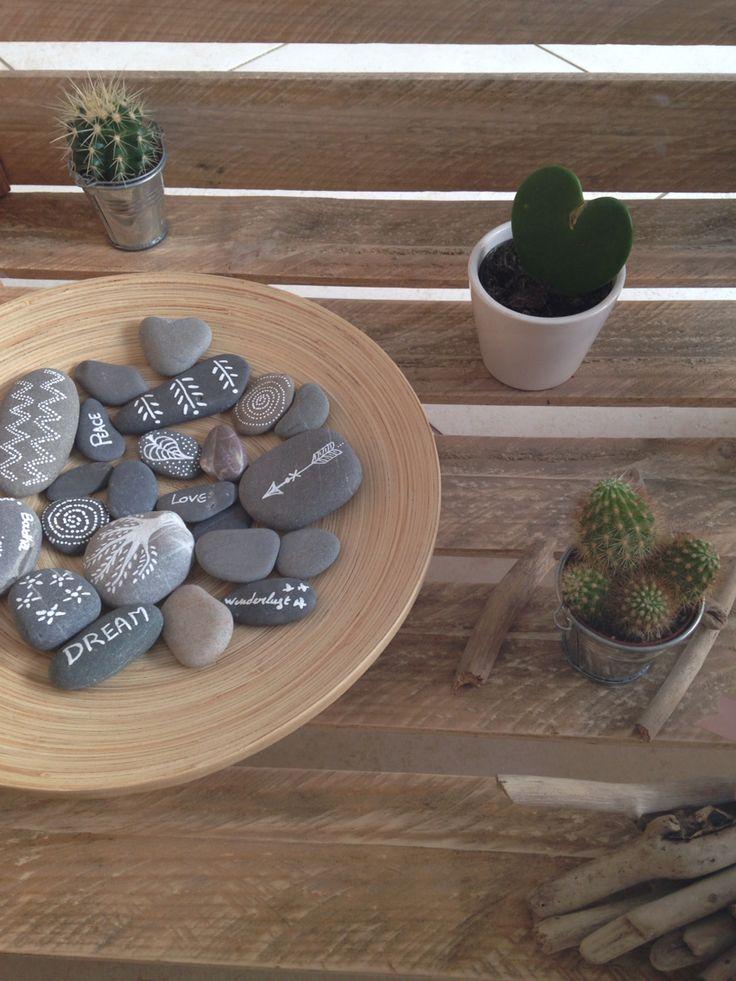 Galets décorés zen