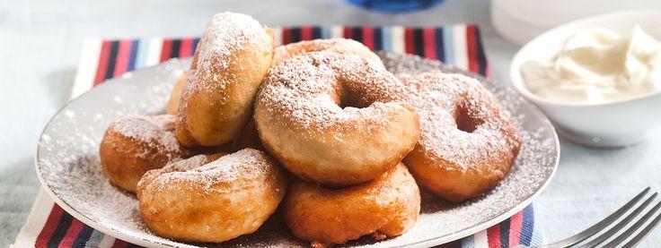 Ντόνατς με γιαούρτι και ζάχαρη