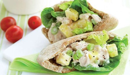 Chicken and pineapple pita