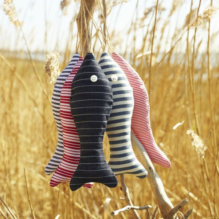 Use up your fabric stash – sew fabulous fabric fishes for the garden