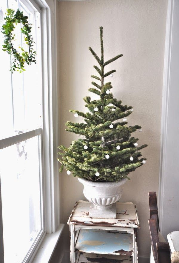 17 best ideas about christmas tree stands on pinterest. Black Bedroom Furniture Sets. Home Design Ideas