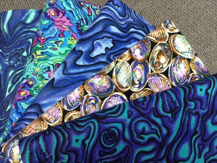 NZ themed 100% cotton quilting fabric. Paua shell designs.