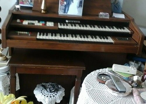 Buy Very Rare, Vintage HAMMOND Organ.Working conditionfor R1,200.00