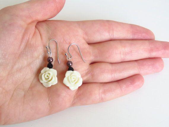 pendientes de rosa blanca perla swarovski regalo para ella regalo navidad perla lila regalo novia regalo madre