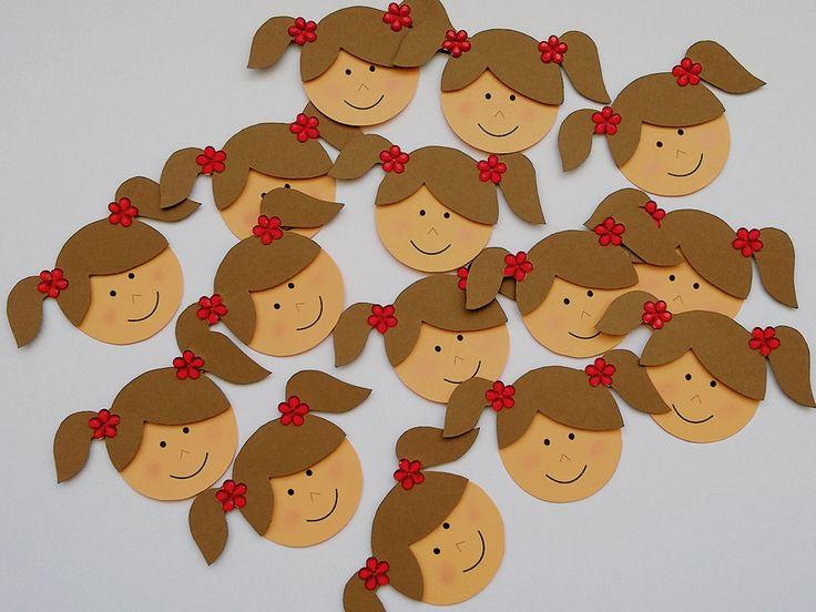 Para as mamães de meninas, vale a pena conferir estes lindos apliques de bonequinha ideais para aplicação em latinhas, forminhas para cupcake, caixinhas, convites e tudo mais para o tema bonequinha, chá de bebê, chá de fraldas.