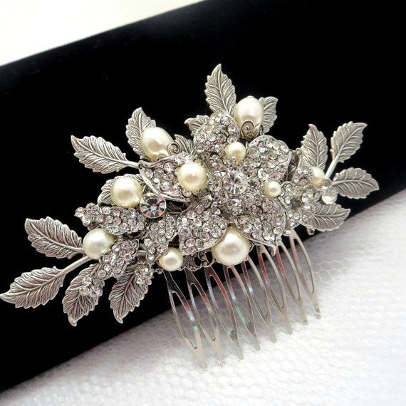 Bridal hair comb Wedding hair comb with leaves and by treasures570