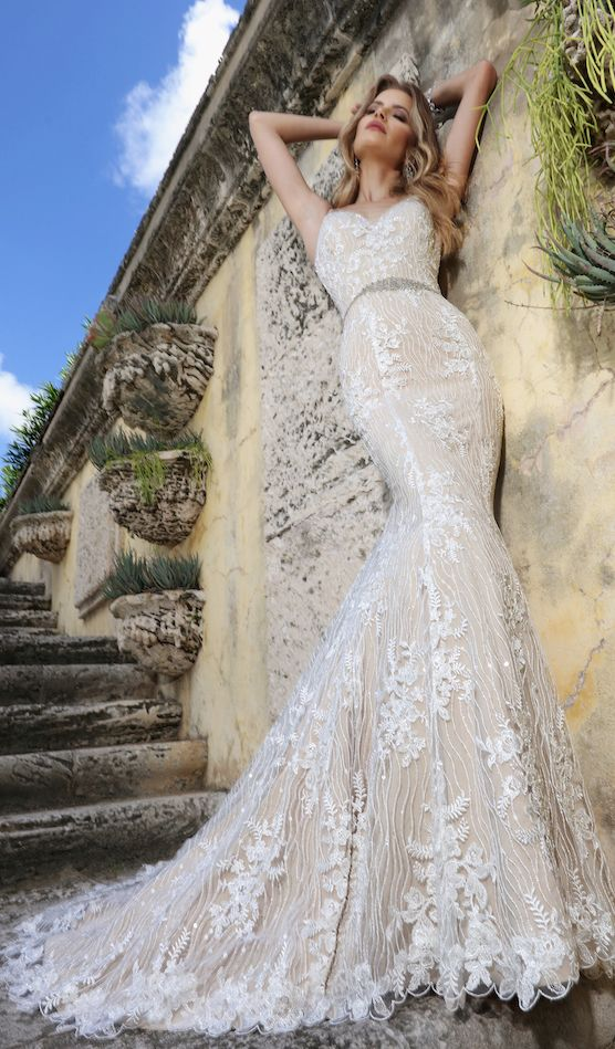 Courtesy of Ashley and Justinwedding dresses; www.ashleyjustinbride.com